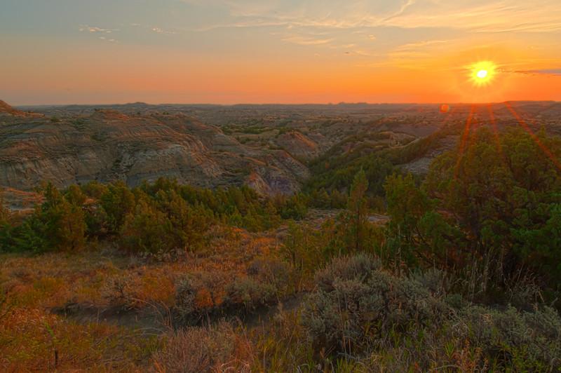 TRND-12018H: Sunrise at Teddy Roosevelt
