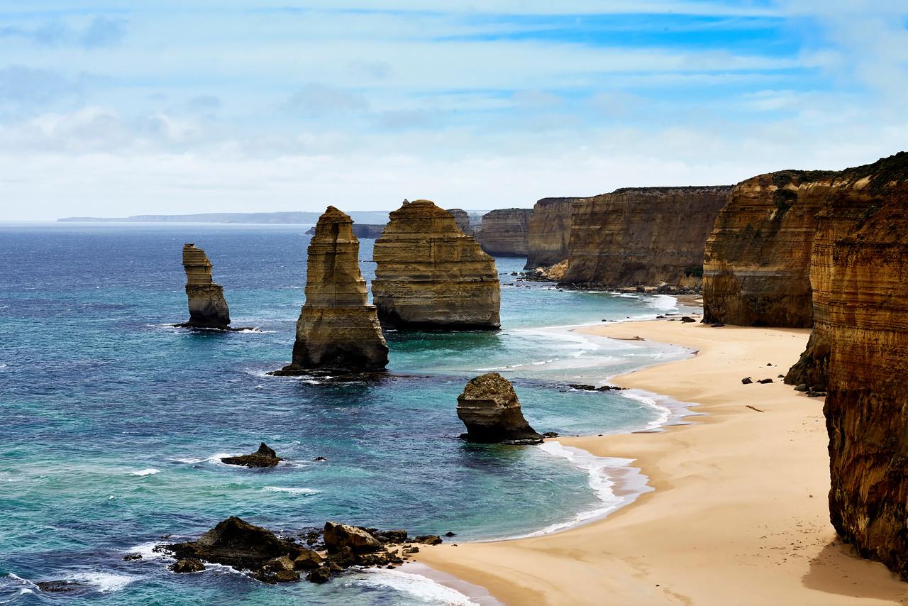 The Apostles Melbourne's Panoramic coast