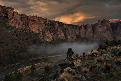 Dawn and Mist at Smith Rock