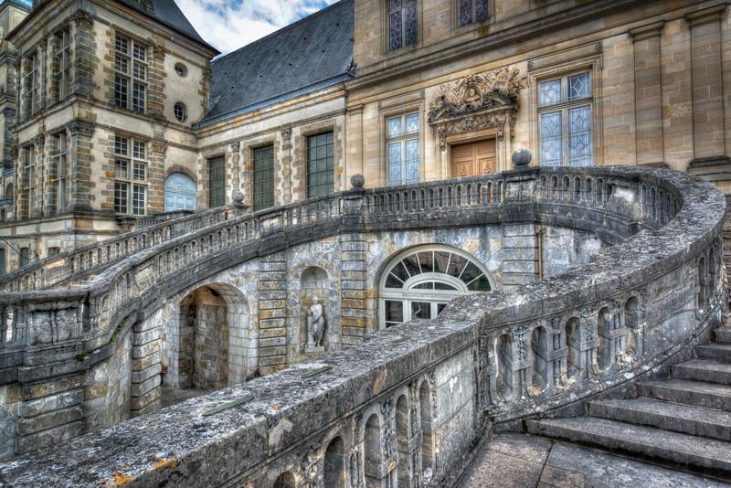Fontainebleau Chateaux