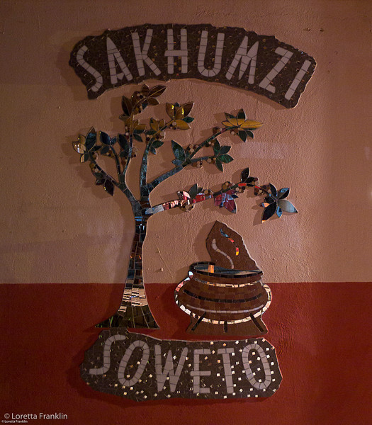 Sakhumzi_Restaurant_Sign-1