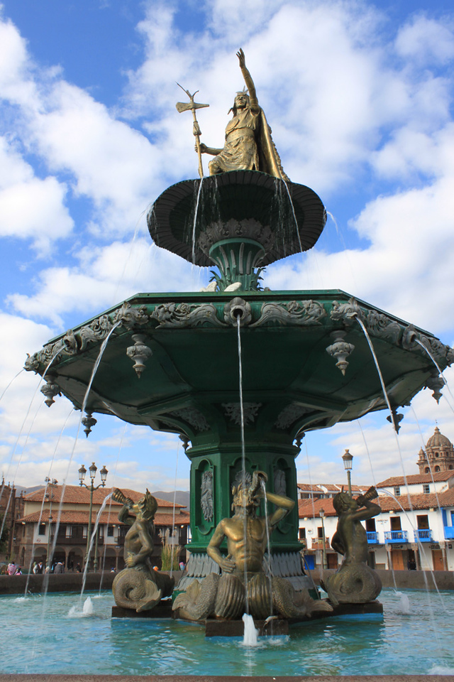 La Plaza de Armas, Cusco Peru,<br /> <br /> Fortunately this plaza has retained much of its historic beauty despite modern additions such as Mc Donald's and KFC.  Cusco is a great city, my favorite of our brief visit.  All the good things (mainly art and food) you'd want in any city, you can find in good quality and quantity here.