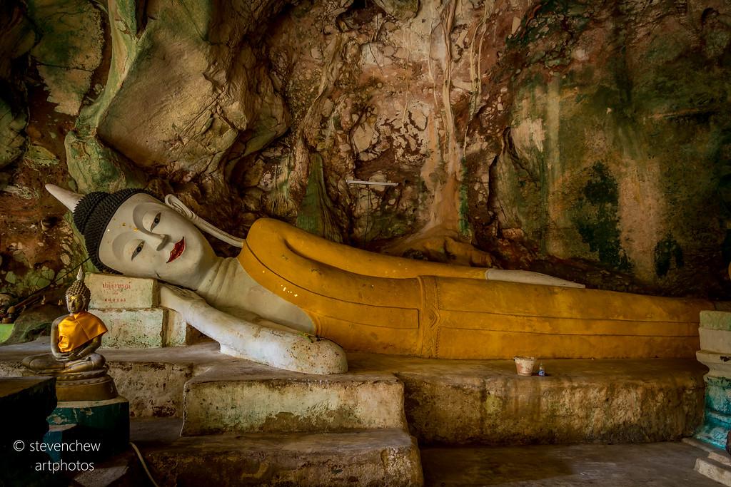 Hatyai cave temple