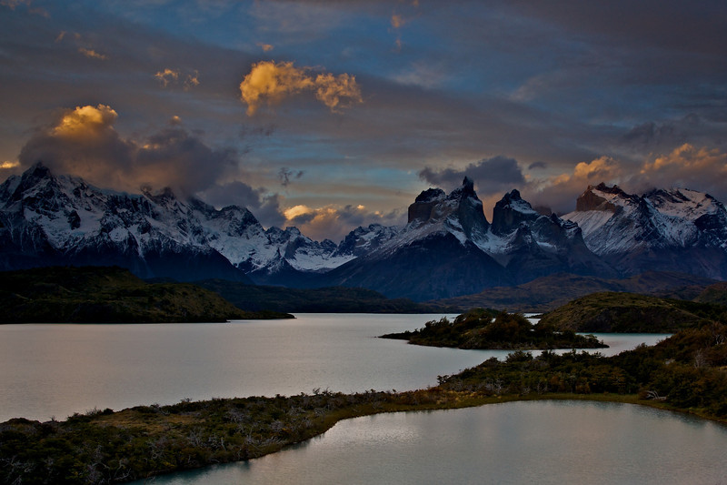 patagonia 2009 - late afternoon over the Paine Massif