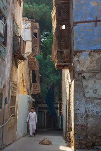 STREET SCENE,  BALAD HISTORICAL DISTRICT