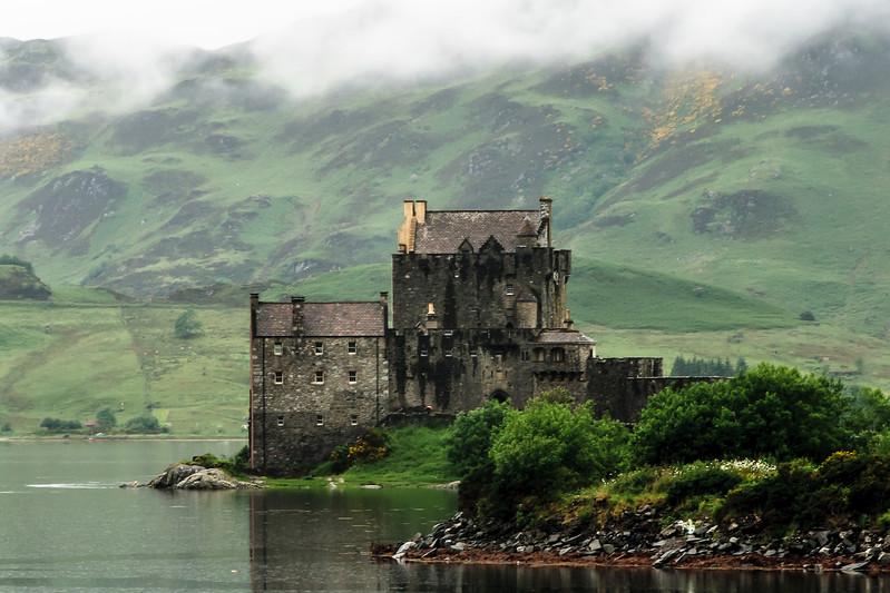 Ailean Donan Castle Isle of Skye