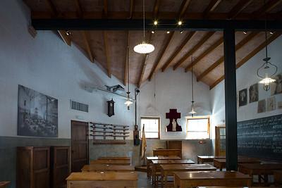 La Sagrada Familia - Gaudi School Inside