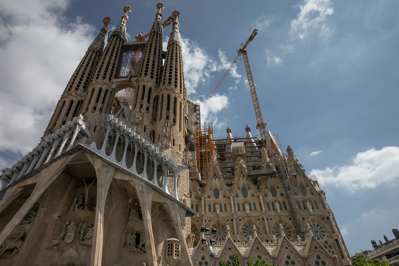 La Sagrada Familia - Passion Facade