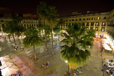Plaza Real At Night