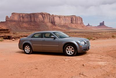 De Chrysler even uitgetest als 4-wheel drive.... (wat het niet was, maar dat kon de pret niet drukken!)