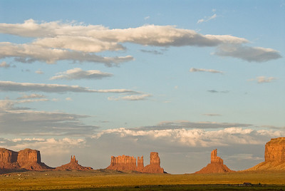 Zonsondergang in Monument Valley.....
