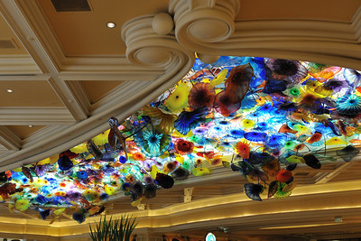 Glass flowers on the ceiling of the Bellagio lobby