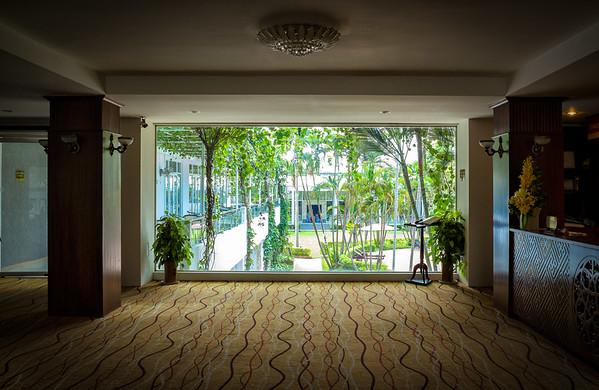 Century Riverside Hotel, Hue
