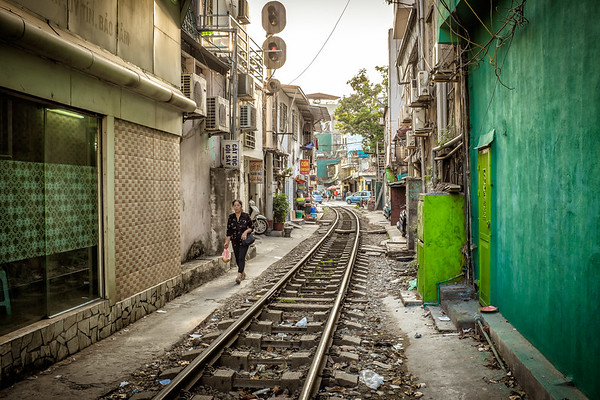 'Train street', Hanoi