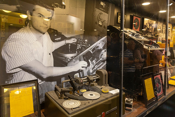 Sam Phillips using some of the recording machines of the time
