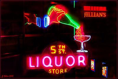 5th Street Liquors Neonopolis Las vegas