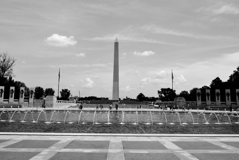 Washington Memorial from WWII Memorial, Washington, DC
