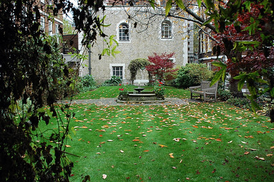 London Courtyard