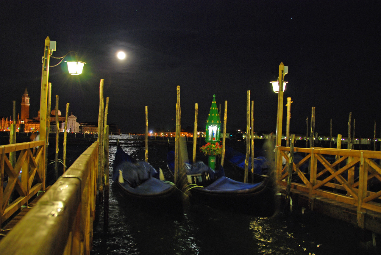 Venice Moon