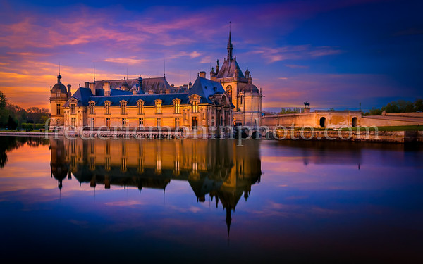 Sunset on the Castle of Chantilly (Oise)