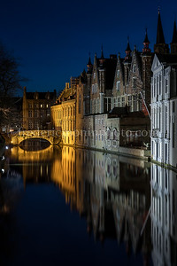 Blue hour on the Groenerei channel in Bruges