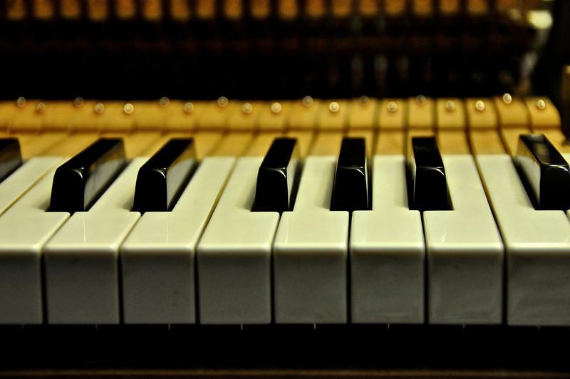 Myrtha's Piano