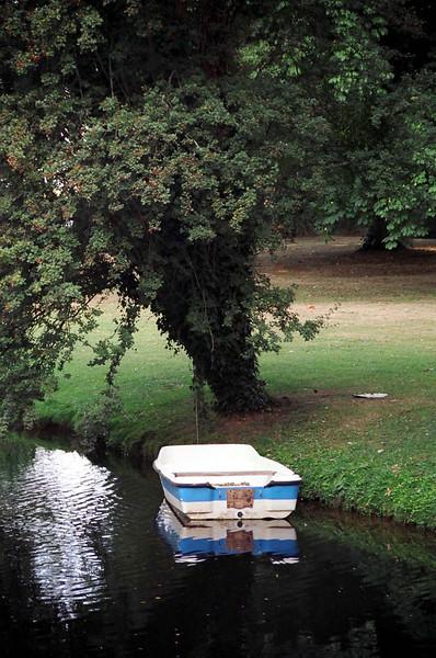 La Belle  Fontaine's boat