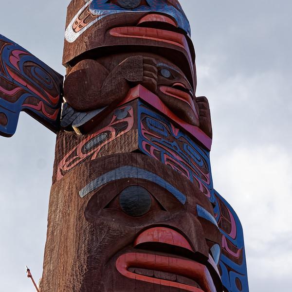 Totem Pole in Disney Epcot Canda Pavilion