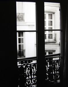 Rive Gauche Window