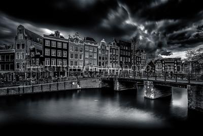 The Leliesluis (bridge no.61) in B/W is a fixed bridge in Amsterdam-Center.