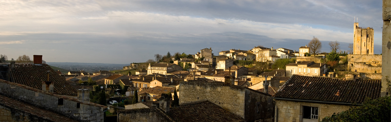 Panorama of early morning St. Emilion.