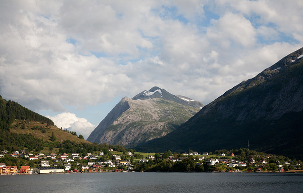 Village and mountains in Hardangerfjorden