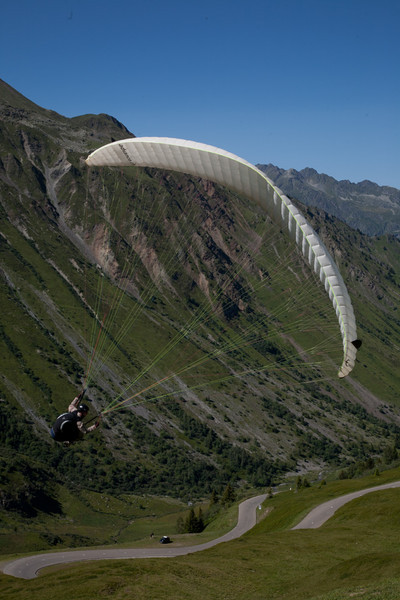 Paragliding over the Col
