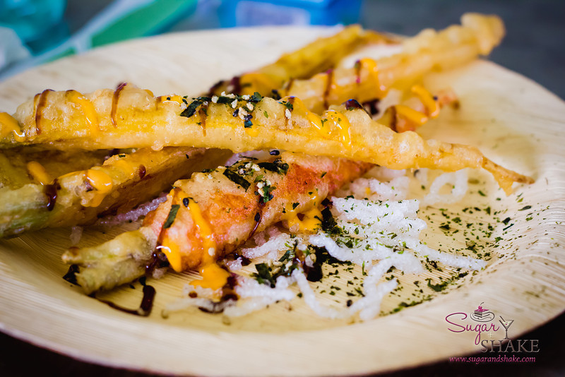 Maui AgFest 2013 Grand Taste Education Dish: Chef Tylun Pang (Kō at The Fairmont Kea Lani) with Bryan Otani (Otani Farm) — Baby Rainbow Carrot Tempura with Sweet Soy Glaze, Spicy Sesame Aioli and Furikake. © 2013 Sugar + Shake
