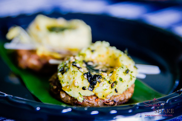 Maui AgFest 2014 Grand Tasting: Chef John Cadman (Maui Breadfruit Company) with Ian Cole (Breadfruit Institute) — 'Ulu (Breadfruit) Hummus on Maui Taro Burger. Culinary Influence: Hawaiian. © 2014 Sugar + Shake