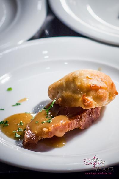 Kā'anapali Fresh Progressive Dinner: Crispy Pork Belly with Hawaiian Chili Pepper Biscuit & Kā'anapali Estate Red-Eye Gravy by the Westin Maui Resort & Spa. © 2013 Sugar + Shake