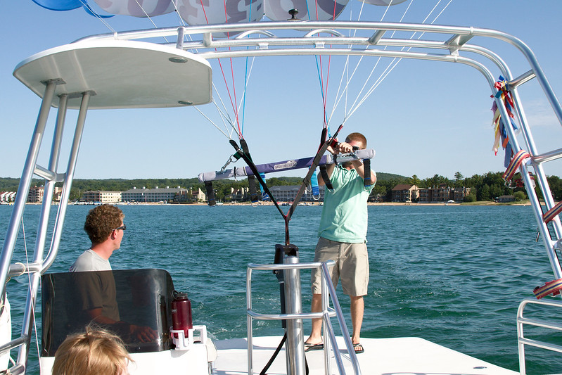 Preparing the parasail