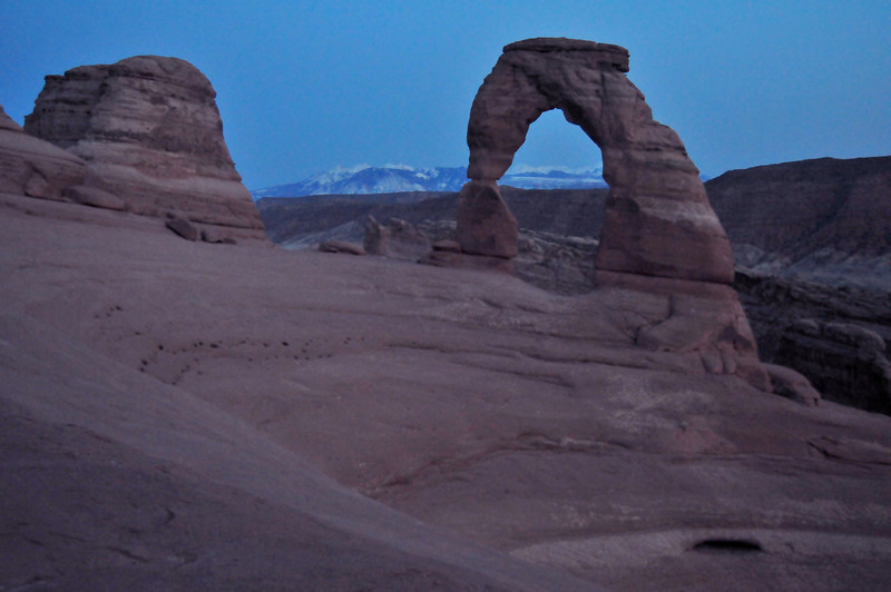 Waiting for the Full Moon<br /> (which didn't rise through the Arch...<br /> unless you knew right where to stand)