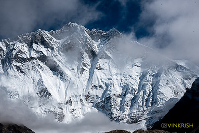 An overwhelming view of Lhotse (8516m)
