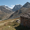 Shepherd's hut above the Arolla Valley
