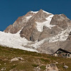 The famous Rifugio Elizabetta and the Tre-la-Tete