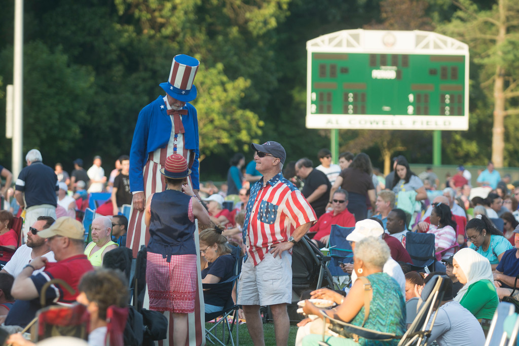 . Crowds packed Kuser Park Monday night for Hamilton�s Independence Day festivities. 