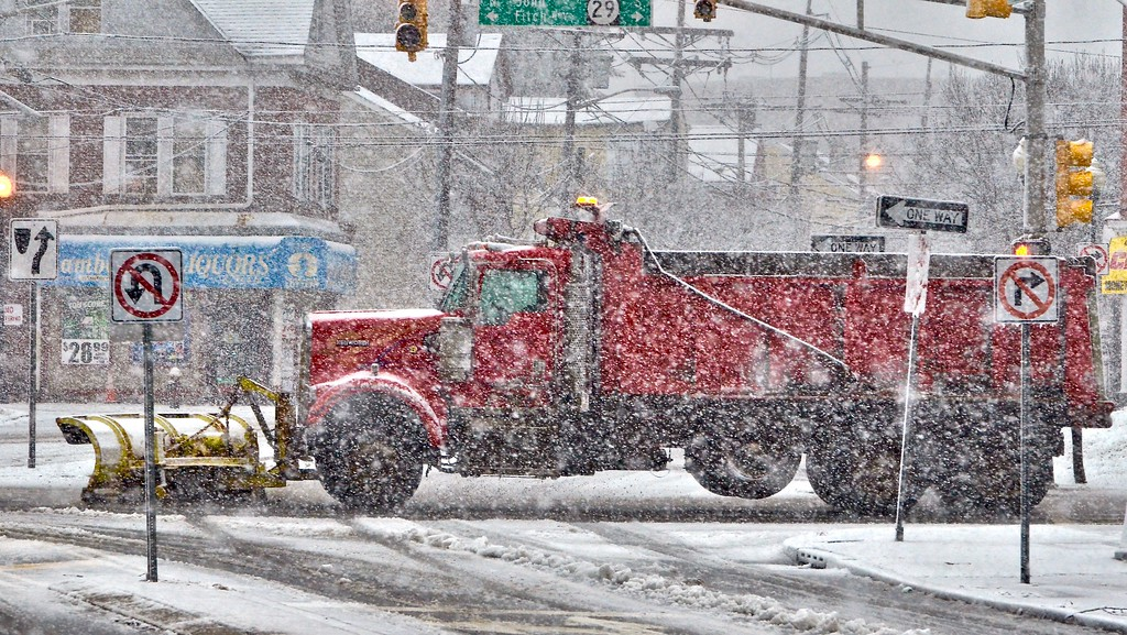 . A snow plow clears the road on the northbound side of Route 29 in Trenton during a snowstorm on Wednesday afternoon. (Kyle Franko/ Trentonian Photo)