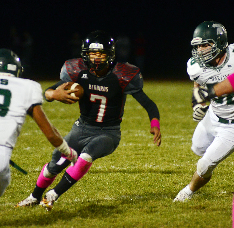 . Allentown`s Dan Merkel(7) on the run against Steinert. gregg slaboda photo