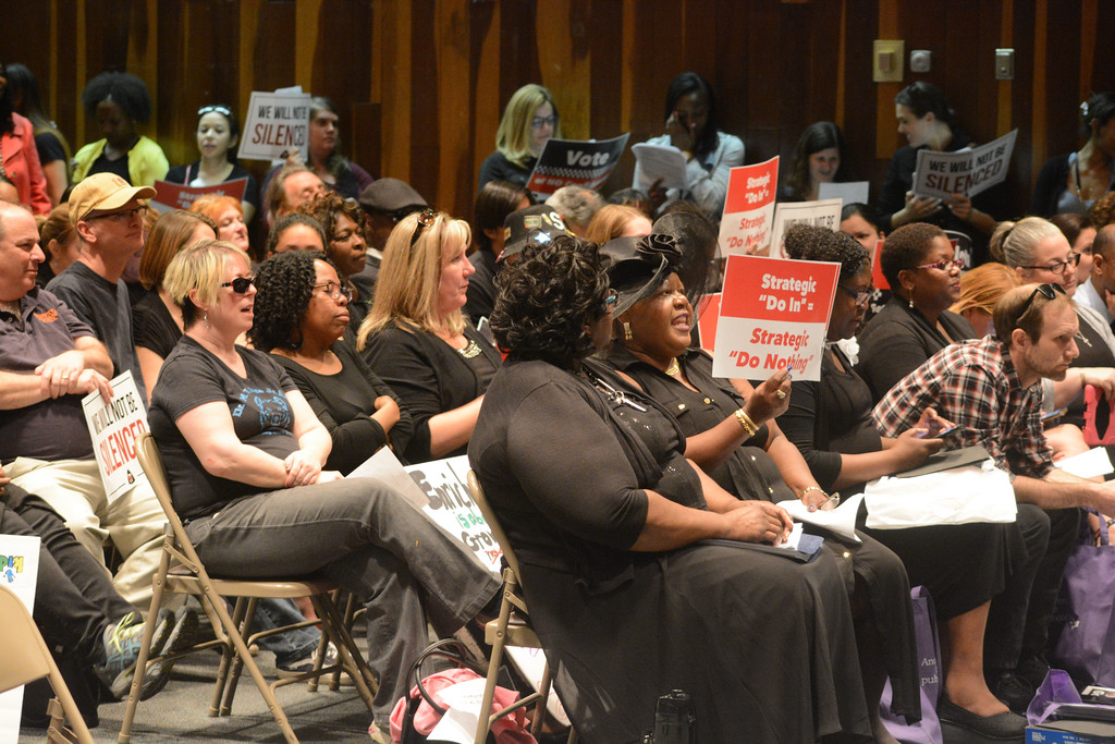 . TEA representatives and teachers packed the Trenton School Board meeting Monday to demand the ouster of Superintendent Fred McDowell. 