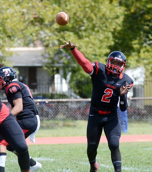 Trenton QB Donovan Ford throws a pass against Lenape. gregg slaboda photo