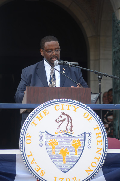Trenton City Clerk Dwayne Harris at Sunday's inauguration ceremony. <br /> John Berry -- The Trentonian