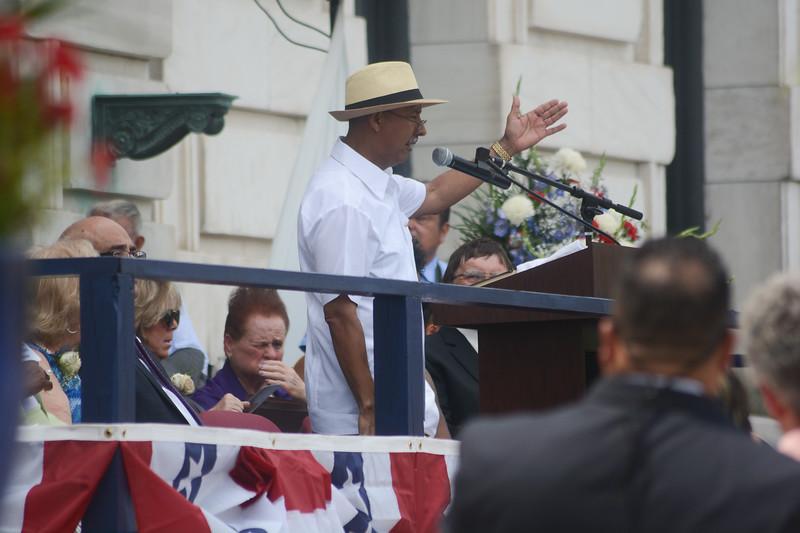 Trenton Council Member Santiago Rodriguez, center, is sworn in Sunday. <br /> John Berry -- The Trentonian