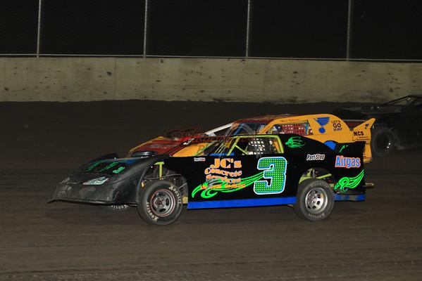 UMP DIRTcar Extreme Sportsman Series