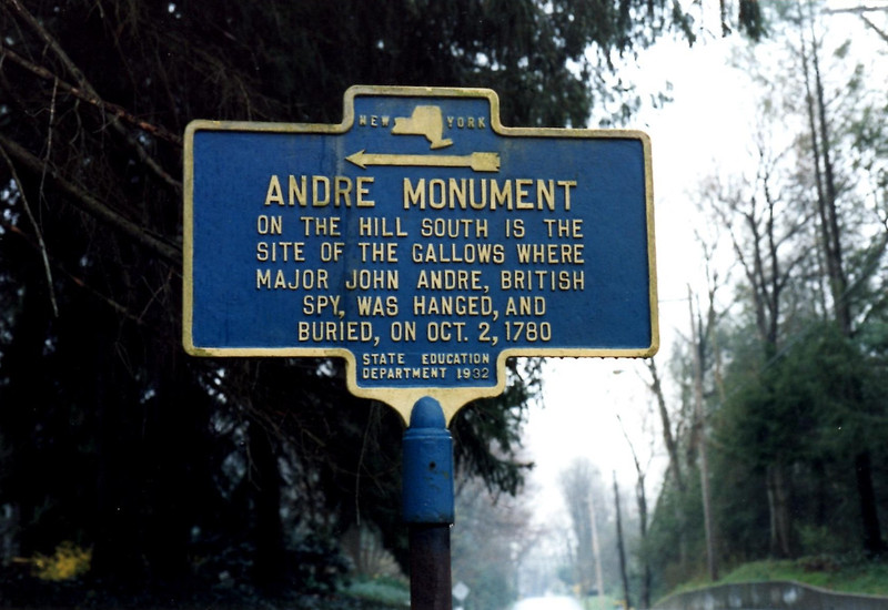 This marker is found along Old Tappan Rd, at the corner of Andre Hill Rd. Turn here to reach the monument.